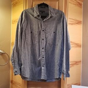 Mens Claiborne long sleeve dress shirt, L GUC